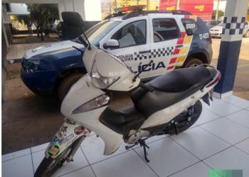 Rapaz que usava Biz para praticar roubos é preso em flagrante pela PM em Tangará da Serra