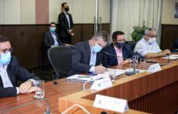 Governo firma cooperação com 4 prefeituras para pavimentação de 106 km de rodovias (com vídeo)