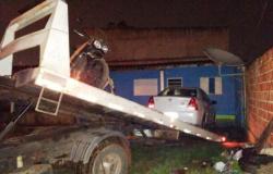 Polícia Civil desarticula residência utilizada para guardar veículos roubados