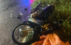 Casal fica em estado grave após acidente entre moto e caminhonete em Tangará da Serra