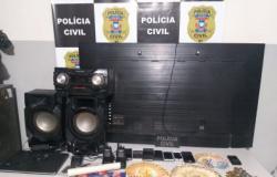 PC prende 6 por liderarem tráfico em cidade de MT
