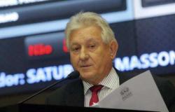 LUTO NA POLÍTICA - Ex-deputado estadual e ex-prefeito de Tangará  Saturnino Masson morre aos 75 anos (atualizada)