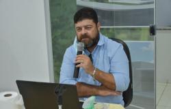 Vereador Serginho da Saúde apoia Projeto de Lei que contrata servidores da Educação aposentados