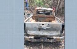 Bandido sequestra idoso e coloca fogo em caminhonete