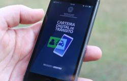 Multas de trânsito podem ser pagas com até 40% de desconto em aplicativo