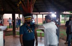 Mais de 1,2 mil índios da etnia Paresi são vacinados contra a Covid-19 em MT