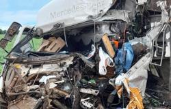 Acidente na MT 235 deixa dois motoristas mortos em Diamantino
