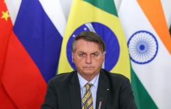 Bolsonaro vai as redes sociais prestar contas de quanto mandou para cada estado combater a pandemia, veja os valores