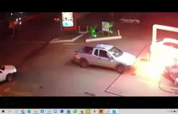 Carro arranca bomba de combustível e quase explode posto em MT