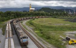 Governo prevê geração de 235 mil empregos durante construção de ferrovia estadual