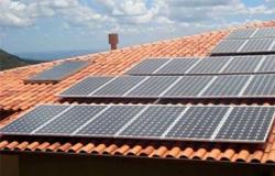 Câmara aprova cobrança de tarifa para geração própria de energia solar