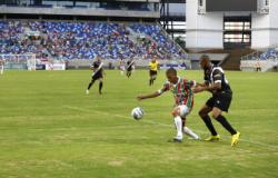 LEI 11.483/2021 - Mato Grosso normatiza retorno parcial nos estádios de futebol
