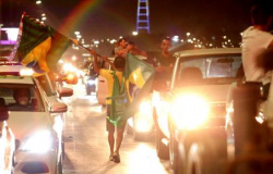 Manifestantes furam bloqueio na Esplanada dos Ministérios
