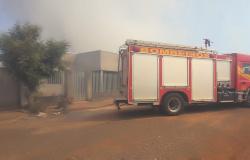 Situação é grave: Incêndio é registrado em área de pastagem no Barcelona