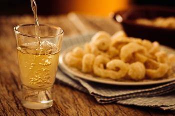 A cachaça pode ser considerada como oprimeiro destilado da América Latina(Foto: Getty Images)