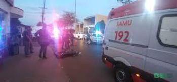 Motociclista é atingido por caminhão e fica em estado grave na UPA de Tangará