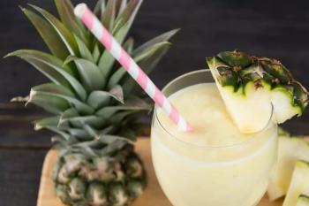 Drink de coco com abacaxi- Foto: Freepik