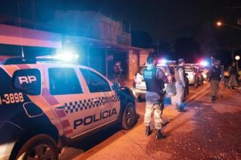 Falsos policiais torturam casal e executam homem com tiros na cabeça em VG