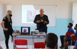 Policiais civis desenvolvem ações preventivas em escolas de Barra do Bugres e Porto Estrela