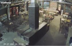 Homem invade lanchonete e furta TV 43 polegadas em Tangará