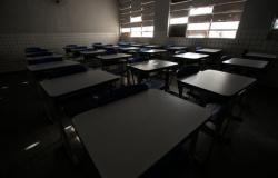 Volta às aulas: escolas estaduais terão aulas 100% presenciais a partir do dia 18