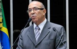 Ministro de Temer e mais 50 têm quase R$ 1 bilhão bloqueados
