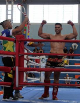 ARTES MARCIAIS - Cuiabano perde 18 kg e conquista brasileiro de Muay Thai