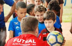 EM BUSCA DO SONHO - Trieste/Flamengo iniciou avaliações agora pela manhã em Alta Floresta