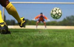 Governador de MT vai autorizar retorno do futebol amador