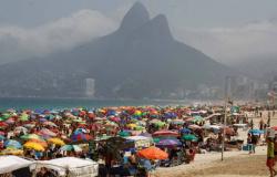 Brasileiros reduziram adesão às medidas de isolamento social, segundo IBGE