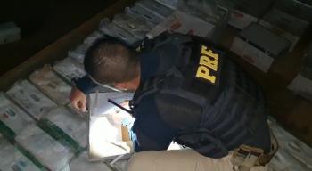 PRF apreende 1,7 tonelada de agrotóxico contrabandeado e prende três pessoas em MT