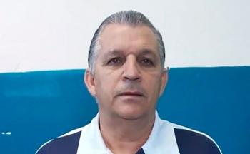Operário Várzea-grandense confirma ex-jogador com passagens pelo Santos como técnico