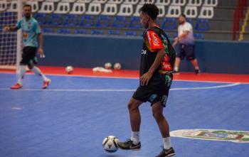 Altaflorestense Leozinho acerta com equipe do futsal paranaense