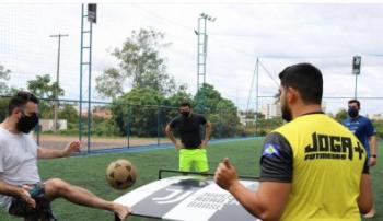 Torneio de futmesas é realizado em Cuiabá