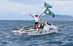 Sul-africano bate recorde mundial de travessia a remo do Atlântico