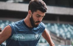 """""""O foco é na classificação para as quartas de final"""", diz Lucas Coutinho sobre momento decisivo do Dom Bosco"""