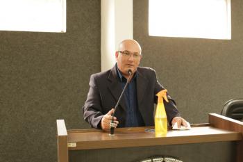 Vereador Luciano licencia por 27 dias; suplente assume nesta terça-feira