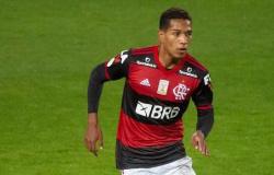 Cuiabá acerta com lateral direito João Lucas, ex-Flamengo