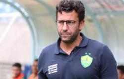 Após empate na estreia, Alberto Valentim é demitido do Cuiabá