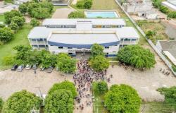 Audiência pública sobre transformação de escola estadual em colégio militar é cancelada em Alta Floresta após ação da Defensoria Pública