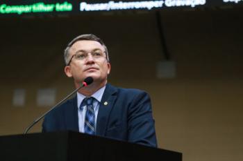 """""""O governo traiu a confiança de investidores e contribuintes"""" afirma Dal Molin sobre taxação de energia solar"""