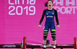 Mulheres do levantamento de pesos competem no Japão para fazer história