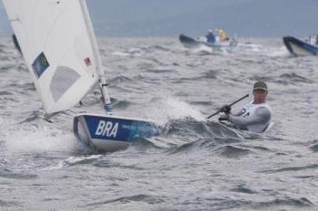 Martine e Kahena estão na terceira posição na vela nos Jogos Olímpicos na 49erFX