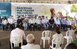 Nininho garante convênio para restauração do pavimento urbano de Alta Floresta.