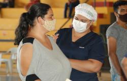 COVID-19 - Alta Floresta ultrapassa 40 mil doses de vacinas aplicadas