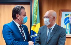 Em reunião com ministro, Fávaro defende novo campus da UFMT em Lucas do Rio Verde