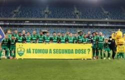 Volta do público - Cuiabá incentiva torcedor a tomar a segunda dose da vacina