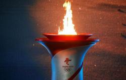 China acende chama olímpica em Pequim para Jogos de Inverno