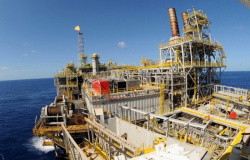 FUP tenta impedir entrega de 16,5 bi de barris de petróleo a multinacionais