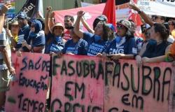 Técnicos-administrativos organizam atos contra a IN02 e em defesa das 30 horas